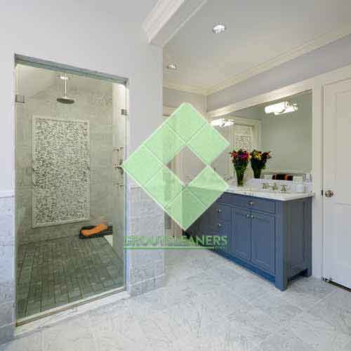 marble_tiles_floor_wall_bardiglio_marble_tumbled_light_with_shower
