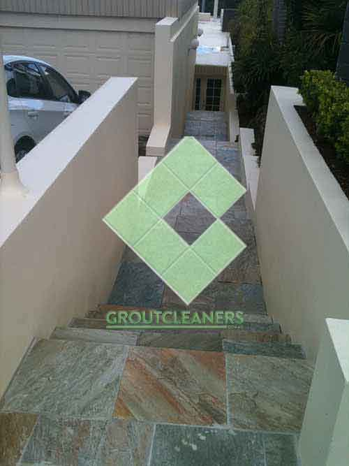 slate_tiles_outdoor_stairs_unsealed_natural_looking_clean_brand_new_slate_tiles